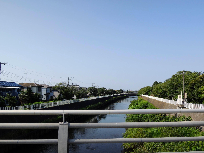 湘南海岸134号沿い、どこかの河川。