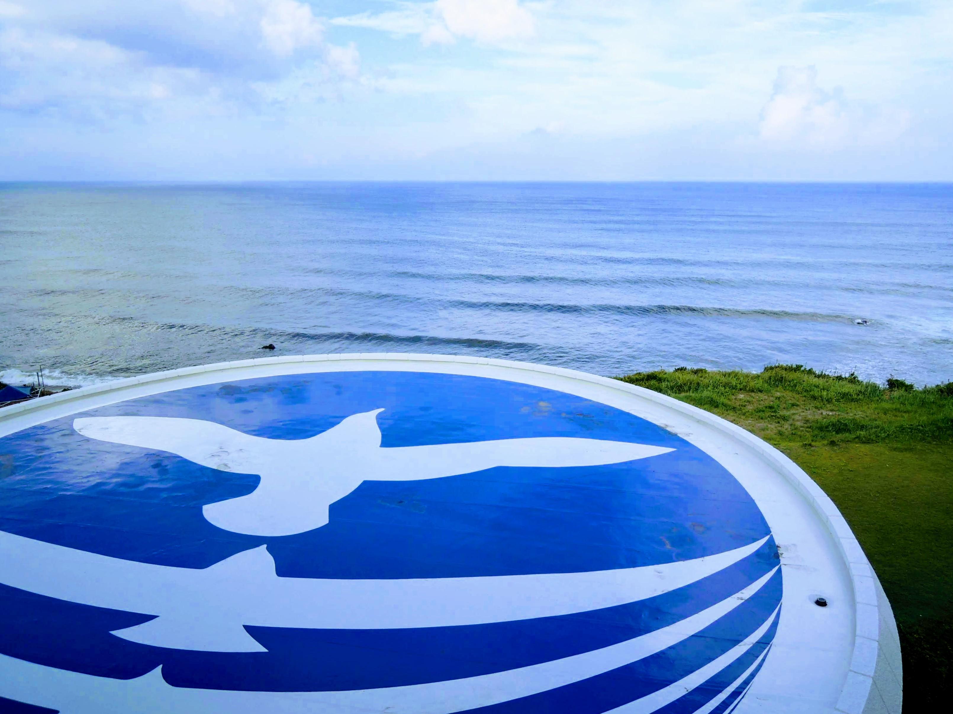 宿泊ホテルから海を望む