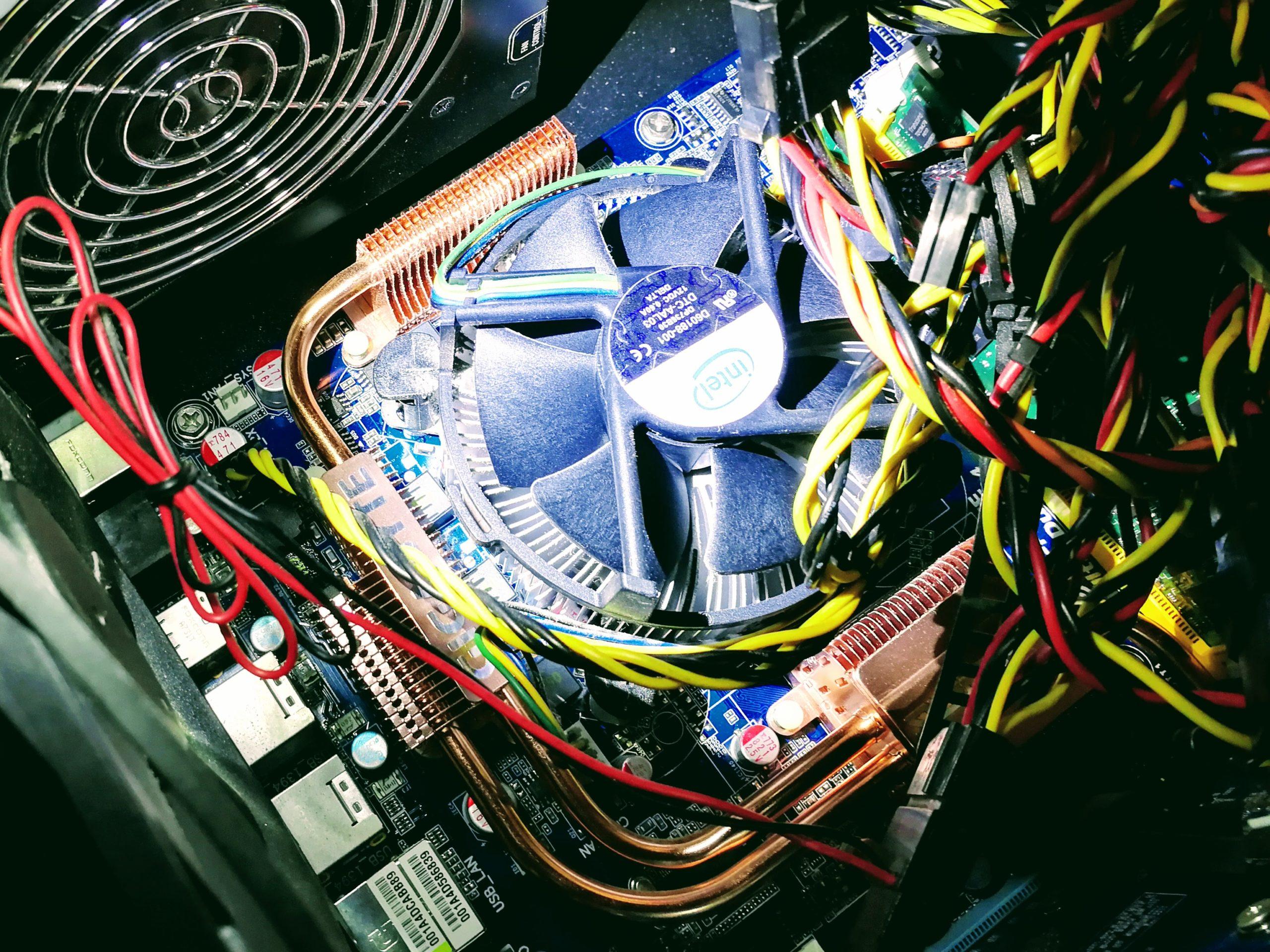デスクトップPCの中身