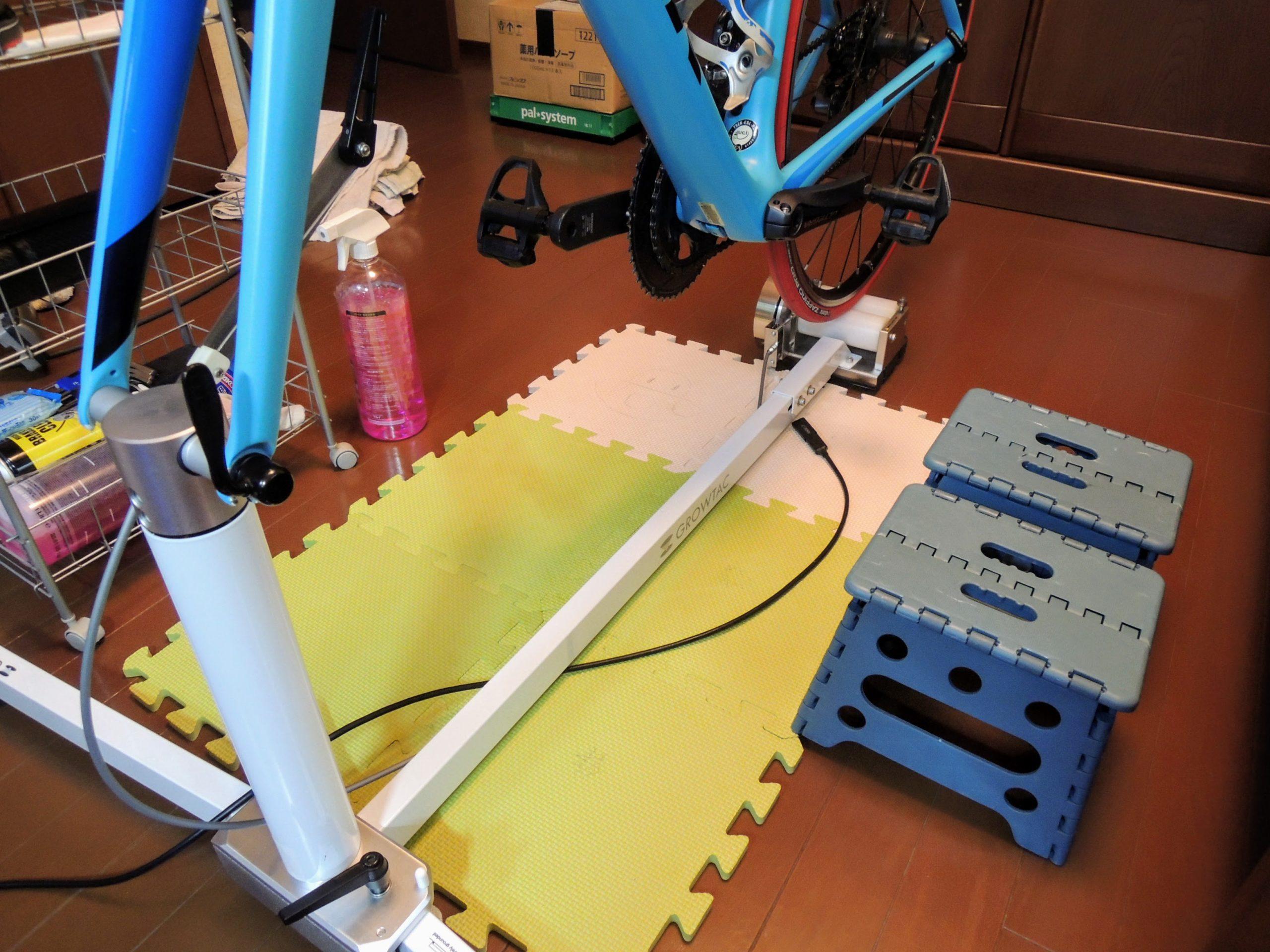 PCのUSB端子から延長ケーブルでant+ドングルをセンサーに近づける