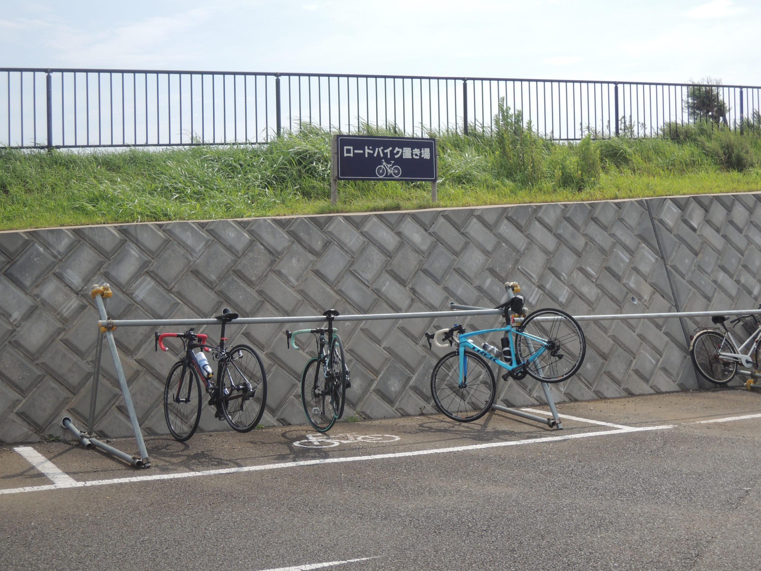 ロードバイク置き場に3台